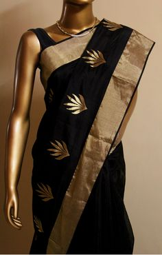Chanderi Sarees come in a mix of cotton & silk known for its elegance & simplicity