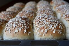 Danish Food, Bread And Pastries, Bread Baking, Frisk, Food To Make, Waffles, Recipies, Food And Drink, Vegetarian