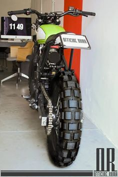 (EX) Dominator Made in Rome #cafetracker #caferacer #motorcycle #custom #design #bike #officineroma #vintage #design #motos