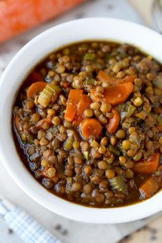 lentil soup - Make yourself a bowl of hearty and nutty tasting vegan lentil soup for dinner tonight! Packed with nutrients and vitamins, it will keep you warm and cozy all winter long! Vegan Lentil Recipes, Vegan Lentil Soup, Vegan Soups, Vegan Dishes, Vegetarian Recipes, Cooking Recipes, Healthy Recipes, Low Fat Vegan Recipes, Lentil Vegetable Soup