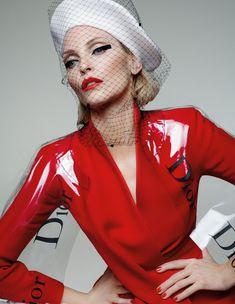 Image // viva models: nadja auermann for tush magazine Fashion Models, Fashion Images, 90s Fashion, Fashion Brands, Fashion Outfits, Vintage Fashion, Patrick Demarchelier, Nadja Auermann, Richard Avedon