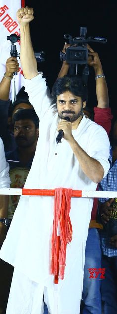 Janasena Chief Sri Pawan Kalyan Ravulapalem Public Meeting Gallery Set 2 - Social News XYZ Photos: #JanaSena Chief Sri #PawanKalyan Ravulapalem Public Meeting Set-2    #JanaSenaPorataYatra Pawan Kalyan Wallpapers, Android Wallpaper 4k, Gabbar Singh, Wallpaper Photo Hd, Galaxy Pictures, Power Star, Hd Images, Actors, Gallery