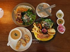 다양한 재료를 쓰는 건강한 브런치깔끔하고 아늑한 느낌의제주 브런치카페 73st매일 0... Tacos, Mexican, Ethnic Recipes, Food, Eten, Meals, Diet