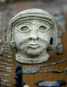 Sumerian head Iraq Museum