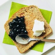 Lunedì dolce ... toast con #Philadelphia e #composta  di #frutta #parma #parmafood #parmafoodlovers #parmafoodvalley #foodparma #cleaneating #cleanfood #foodclean #eat #healthyeats #eatclean #colazioneinsieme #colazionesana #mangiaresano #colazionealbar #buongiornoparma #vivoparma #foodblogger #picfoods #photofood #isdnfood #parmacafe #fitfood #foodfit
