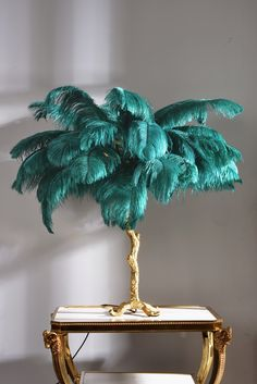 green feather table lamp home decoration light design for 2019 hot sale table lamp manufacture , tel: 13539838483 Desk In Living Room, Living Room Flooring, Home Building Design, House Design, Design Design, Feather Lamp, Interior Decorating, Interior Design, Ostrich Feathers