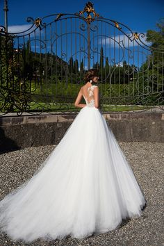 Wedding Dresses - Instant love when we saw Milla Nova wedding dresses 2017 collection. Chic bridal gowns with a modern style, lace details Wedding Dresses 2018, Princess Wedding Dresses, Bridal Dresses, 2017 Wedding, Gown Wedding, Dresses Dresses, Dresses Online, Lace Wedding, Perfect Wedding Dress