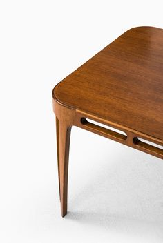 Side / coffee table attributed to Carl-Axel Acking at Studio Schalling