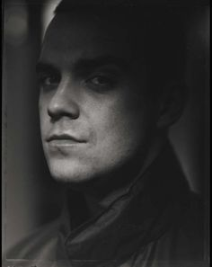 Robbie Williams by Frank Ockenfels III