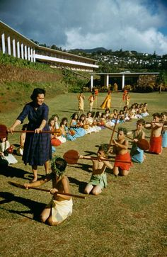 Rare, Beautiful Images of Hawaii Before Statehood, 1959 from thewallbreakers.com (special thanks to Life Magazine archives)