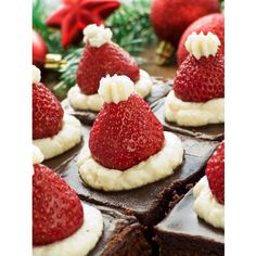 Santa Hat Brownies  #easy #Christmas #Desserts use premise cheesecake instead of whipped cream