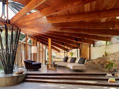 A midcentury tree house in Mill Valley, by Daniel Liebermann who apprenticed with Frank Lloyd Wright.