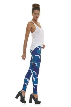 Leggings diseño exclusivo fabricado en España Modelo WAVES www.legx.es