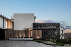 Modern Family, Home And Family, Architect Design, Habitats, House Design, Mansions, Architecture, House Styles, Interior