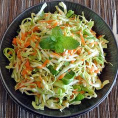 Gourmet Cooking For Two: Weekly Recipe for Romance Round-up spicy asian slaw Side Dish Recipes, Asian Recipes, Healthy Recipes, Side Dishes, Asian Foods, Vietnamese Recipes, Gourmet Cooking, Cooking For Two, Asian Slaw