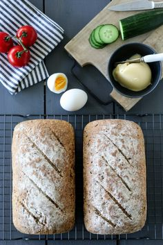 simple whole-grain breads A Food, Food And Drink, Savoury Baking, Our Daily Bread, Whole Grain Bread, Grains, Cheese, Simple, Recipes