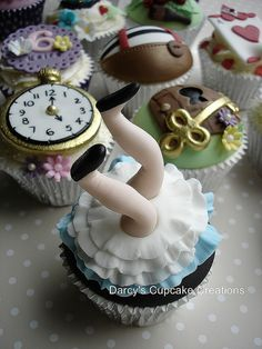 Alice in Wonderland 3rd Edition - Alice falling down the hole by Darcy's Cupcake Creations, via Flickr