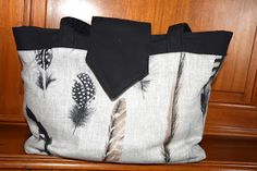Le Madison de Fanfan Jute Bags, Purses And Bags, Throw Pillows, Totes, Couture Sac, Sewing, Bags, Cushions, Burlap Sacks