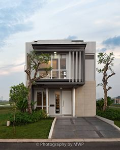 33 Best Minimalist Home Exterior Architecture Design Ideas To Try Today Facade Design, Exterior Design, Architecture Design, Wooden House Design, House Front Design, Casa Loft, Build Your House, Minimalist House Design, Facade House