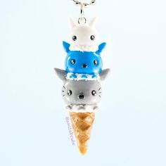 I forgot I made this before we headed out to our trip to China and Hong Kong! Ice cream gives me lovely visions of summer during this dreary end of winter season! Totoro ice cream makes it just so much sweeter!  . . . #handmade #handcrafted #fimo #polymerclay #clay #polymerclaycharm #claycharms #charm #charms #totoro #studioghibli #ghibli #ghiblistudios #totoroishere #totoro_society #icecream #icecreamcone #summertreat #kawaii #cute #chibi #diy #craft #crafts #anitabcute