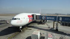 Boeing 777-300 TAM Airlines @ Santiago International Airport