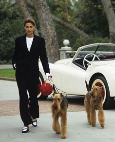 Look Fashion, 90s Fashion, Vintage Fashion, Cindy Crawford, Look Gatsby, Mode Chanel, Trust Fund, Old Money, 90s Outfit