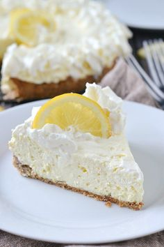 An easy and delicious no bake recipe for Low Carb Lemon Cheesecake made with a simple almond crust.