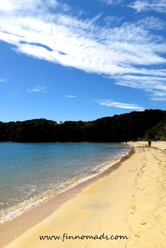 The perfect beaches of abel tasman national park. Travel Packing Outfits, Packing Tips For Travel, Travel Pictures, Travel Photos, Beach Trip, Beach Travel, Abel Tasman National Park, Air Popped Popcorn, Eating Before Bed