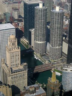 Just because we love them...more Marina Towers (Chicago Pin of the Day, 8/22/2014).