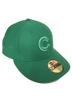 245f4b8059a Mens Chicago Cubs Kelly Green St. Patrick s Day Low Crown Diamond Era  59FIFTY Fitted Hat By New Era