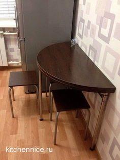полукруглый пристенный стол для небольшой кухни