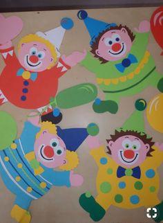 Clown Crafts, Circus Crafts, Carnival Crafts, Carnival Themes, Circus Theme, Hobbies And Crafts, Diy And Crafts, Arts And Crafts, Paper Flowers Craft