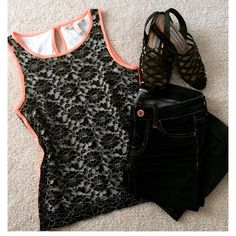 Banana Republic 00P: neon piping- lace tank top Banana Republic, 00P. Neon piping adds an extra layer of chic to the classic lace shell. Piped high neckline. Keyhole opening at back neck. Sleeveless. Fully lined. Hits at the hip. Banana Republic Tops Tank Tops