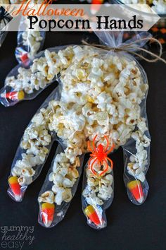 Halloween Popcorn Hands by yummyhealthyeasy: Fun and easy to make with the kids. Halloween Popcorn Hands by yummyhealthyeasy: Fun and easy to make with the kids. Bonbon Halloween, Recetas Halloween, Halloween Popcorn, Halloween Class Party, Adornos Halloween, Halloween Crafts For Kids, Halloween Halloween, Kid Crafts, Healthy Halloween Snacks