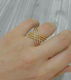 New Nails Yellow Design Blue Ideas Gold Rings Jewelry, Jewelry Design Earrings, Gold Earrings Designs, Necklace Designs, Gold Ring Designs, Gold Bangles Design, Gold Jewellery Design, Nails Yellow, Unique Diamond Rings