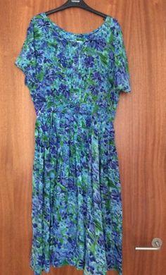 Vintage-St-Michael-Dress-Floral-Gorgeous-Print-Pintuck-Size-16