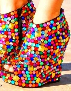 Creative Rainbow Colored Shoes, http://hative.com/creative-rainbow-colored-shoes/,