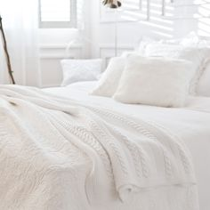 Image 7 of the product WHITE CABLE-KNIT COTTON BLANKET