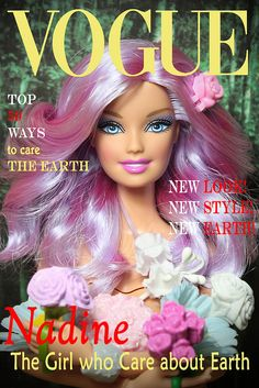 She cares about earth Girls Dollhouse, Dollhouse Dolls, Diy Doll Miniatures, Barbie Images, Barbie Fashionista Dolls, Barbie Party, Green Girl, Beautiful Barbie Dolls, Barbie Clothes