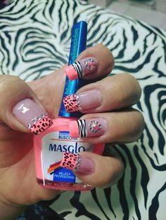 uñas frances naranja animal print Animal Nail Designs, Toe Nail Designs, Camo Nails, Leopard Nails, French Nail Designs, Pretty Nail Designs, Fingernails Painted, Baby Pink Nails, Magic Nails