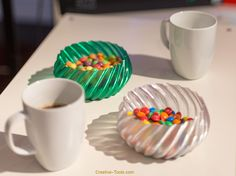 This 3D-printable bowl is perfect for candy and other goodies. Use it to serve your guest on a movie night and also show off your favourite hobby and 3D-printing skills! #mothersday #giftideas #mothersdaygift #mothers