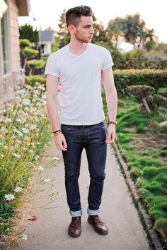 http://edwardshair.net/post/28420693013/07-29-12-tight-jeans