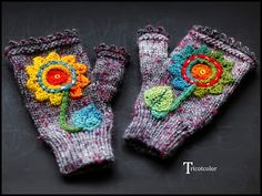 Mitties with crocheted flowers--cute!