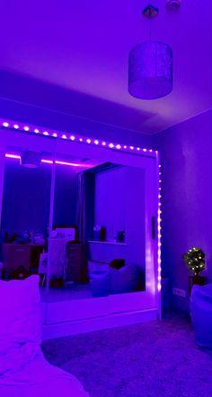 Neon Bedroom, Cute Bedroom Decor, Room Design Bedroom, Teen Room Decor, Room Ideas Bedroom, Pinterest Room Decor, Chill Room, Cute Room Ideas, Pretty Room