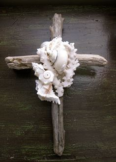 I could do this with my large rustic wood cross to match my other shell cross.