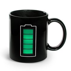 Lebedev Thermal Battery Mug - As hot liquid over degrees is poured in the heat sensitive ceramic . A battery icon appears charging up and down with green power bars. - gift for Raymond maybe? Gadgets And Gizmos, Cool Gadgets, Geek Gadgets, Power Bars, Thermal Mug, Cool Stuff, Stuff To Buy, Take My Money, Inventions