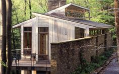 All Time Best Roofing Garden Masterplan Ideas Small Tiny House, Small House Plans, Small Houses, Modern Roofing, Modern Exterior, Plan Chalet, Hillside House, Roof Architecture, Cabins And Cottages