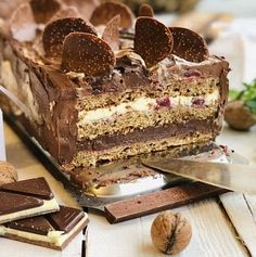 Romanian Desserts, Romanian Food, Cake Recipes, Dessert Recipes, Torte Cake, Bread And Pastries, Diy Cake, Sweet Cakes, Something Sweet