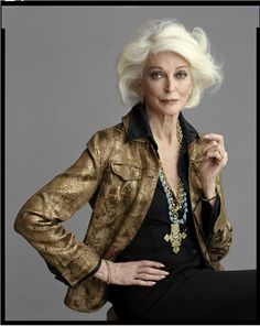Carmen Dell'Orefice - absolutely stunning at age 81    RESEARCH actual real ladies silver grey hair+ pn Sharon St. John bd Older women kk