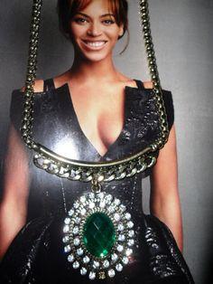 Camafeu esmeralda deuso!!!! Click2fashion !!!